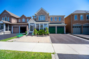 221 Williamson Rd, Markham