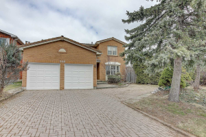 368 Weldrick Rd E, Richmond Hill