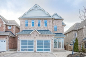 142 English Oak Dr, Richmond Hill