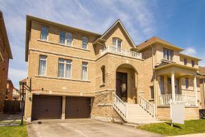 118 Rumsey Rd, Vaughan