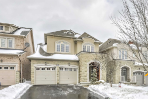 50 Langhorst Cres, Richmond Hill