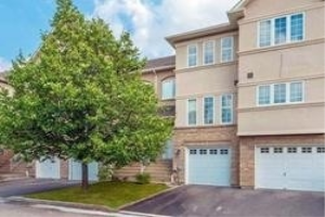 10719 Bathurst St, Richmond Hill