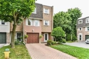10 Hepworth Way, Markham