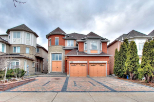 108 Redstone Rd, Richmond Hill