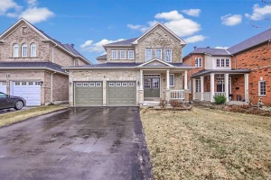 5 Irish Rose Dr, Markham