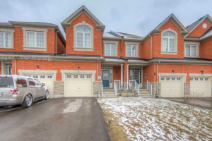 7 Collin Crt, Richmond Hill