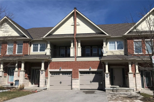 8 All Points Dr, Whitchurch-Stouffville