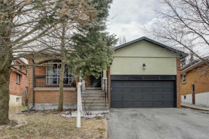 51 Kings College Rd, Markham
