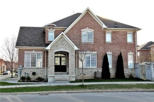 2 Winter Creek Cres, Markham