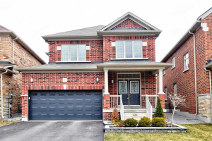 25 Greendale Ave, Whitchurch-Stouffville