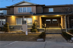 39 Castle Park Blvd, Vaughan