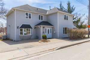 334 Timothy St, Newmarket