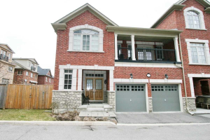 108 Dunlop St, Richmond Hill