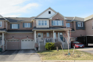 106 Burgess Cres, Newmarket