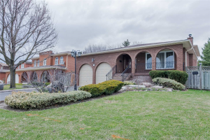 14A Roosevelt Dr, Richmond Hill