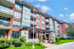 85 The Boardwalk Way, Markham