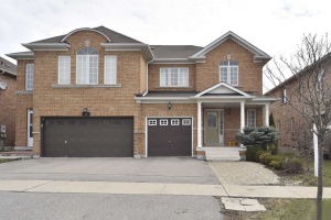 25 Maffey Cres, Richmond Hill