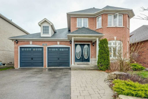 249 Marble Pl, Newmarket