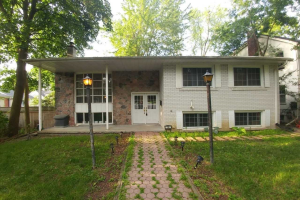 150 Mill St, Richmond Hill