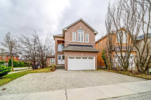 145 Alpine Cres, Richmond Hill