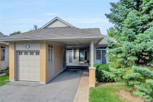 3 Dale Meadow Way, Markham