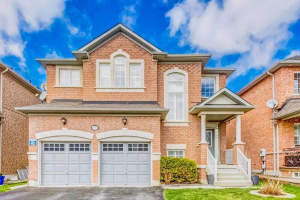 99 Reginald Lamb Cres, Markham