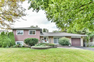 147 Booth Dr, Whitchurch-Stouffville