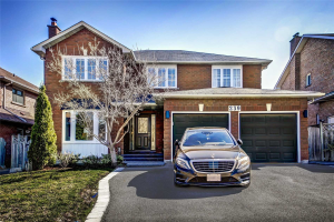 239 Savage Rd, Newmarket