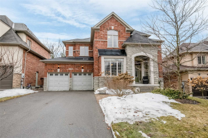 1005 Nellie Little Cres, Newmarket