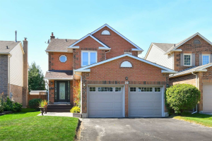 19 Peevers Cres, Newmarket