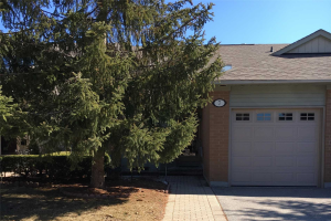 7 Pinehurst Club Way, Markham