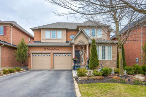 54 Richvalley Cres, Richmond Hill