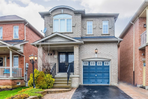 92 Canyon Gate Cres, Vaughan