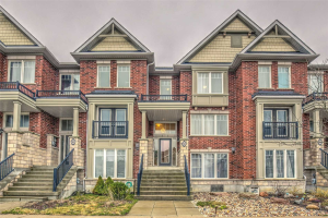 964 Millard St, Whitchurch-Stouffville