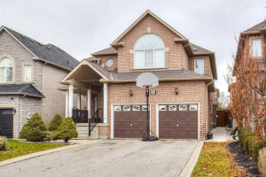 35 Cachet Hill Cres, Vaughan