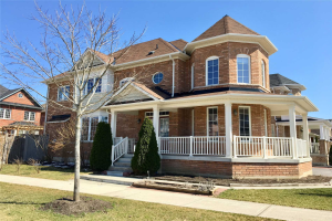 25 Braith Cres, Whitchurch-Stouffville