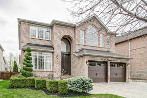 60 Julia Valentina Ave, Vaughan