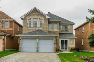 19 Walnut Grove Cres, Richmond Hill