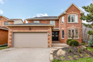 91 Peevers Cres, Newmarket