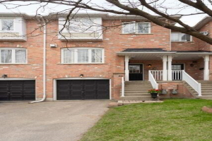 35 Vanity Cres, Richmond Hill
