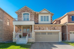 59 Creekland Ave, Whitchurch-Stouffville