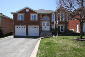 9 Noble Dr, Bradford West Gwillimbury