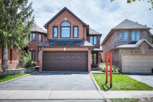 73 Richbell St, Vaughan