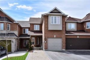 82 Cedarcrest Cres, Richmond Hill