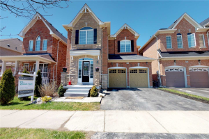 82 Sunnyridge Ave, Whitchurch-Stouffville