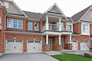 290 Sandale Rd, Whitchurch-Stouffville