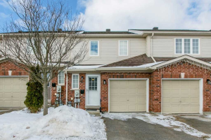 430 Mapleview Dr E, Barrie