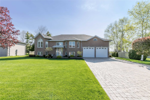 58 Fairway Cres, Wasaga Beach