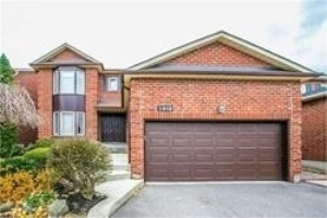 1482 Hollywell Ave, Mississauga