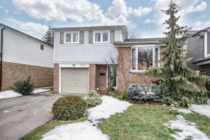 3327 Kings Masting Cres, Mississauga